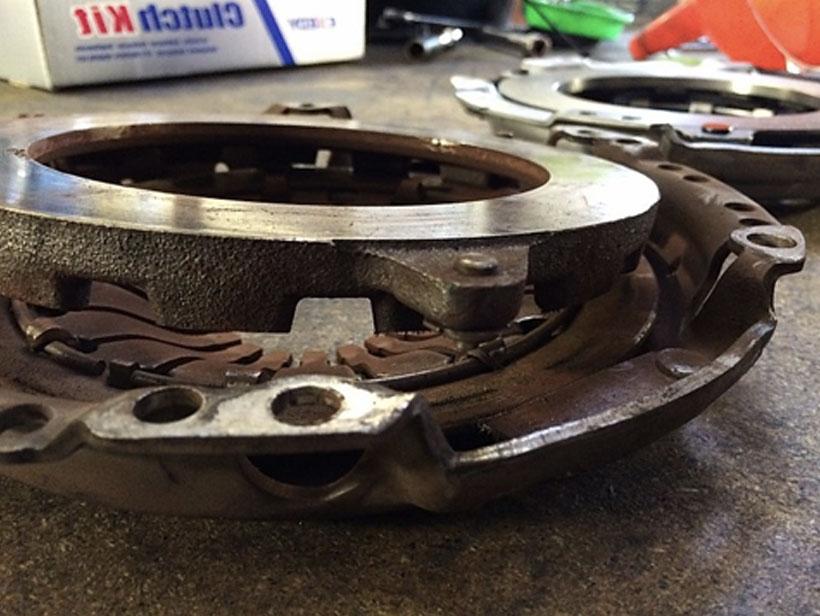 Broken Pressure Plate on Toyota Aygo
